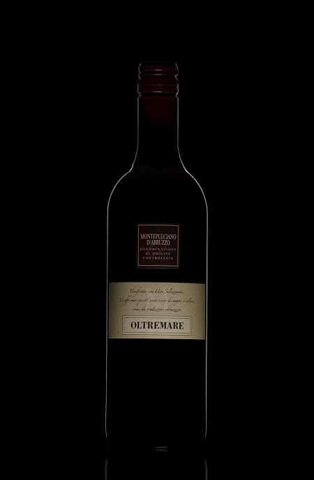 rode-wijn-fles-black