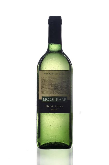 wiite-wijn-fles-wit-spiegel